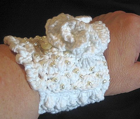 Crocheted Seed Pearl Braclelet- side view point up
